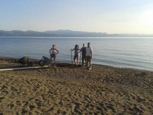 Ο Πανευβοϊκός Γυμναστικός Σύλλογος καΘαρίζει την ακτή της Αμαρύνθου