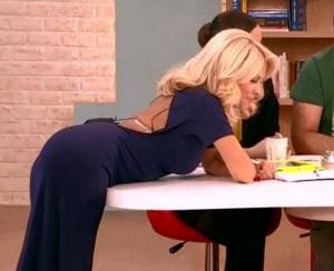 Sexy Ελενη Μενεγακη