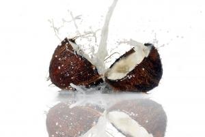 Γαλα καρυδας,αμυγδαλου -Τι να επιλεξεις